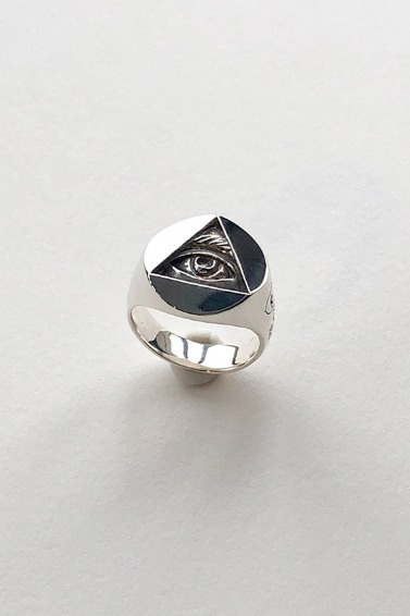 Eye Drawing Ring