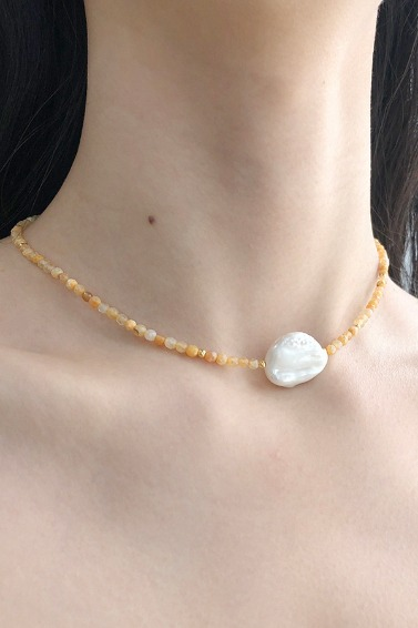 Gold Ball Mix, Point Pearl Necklace (Orange)