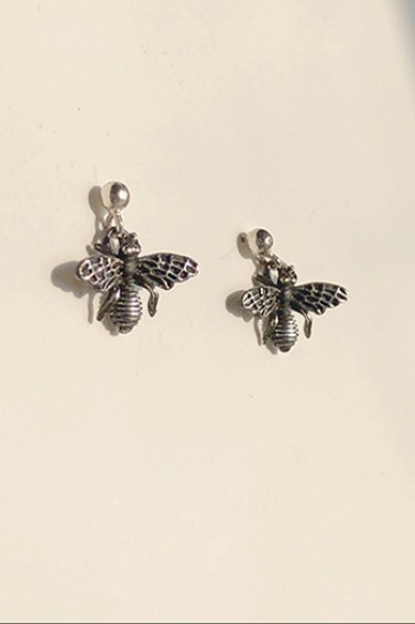 Mini Bee Earring